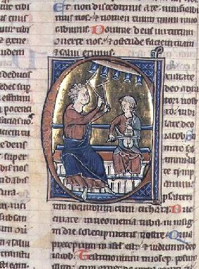 Historiated initial 'C' depicting two musicians, one playing the viol and the other the bell chimes