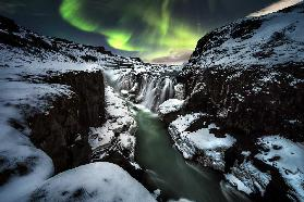 Full moon in Gullfoss