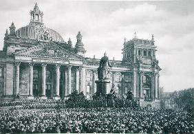 Philipp Scheidemann (1865-1939) gives an address from the Reichstag announcing the creation of a new