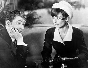 Diamants sur canape Breakfast at Tiffany's de Blake Edwards avec George Peppar et Audrey Hepburn Giv