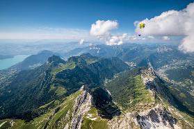 "Flying above La Tournette with Francis Boehm ""Bimbo"""