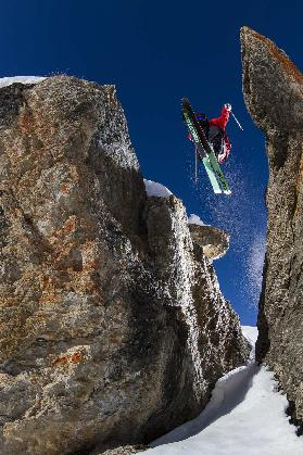 In Between the Rocks