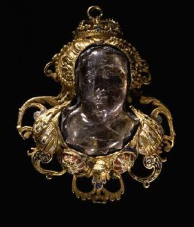 Cameo with Bust of Diane de Poitiers (1499-1566)